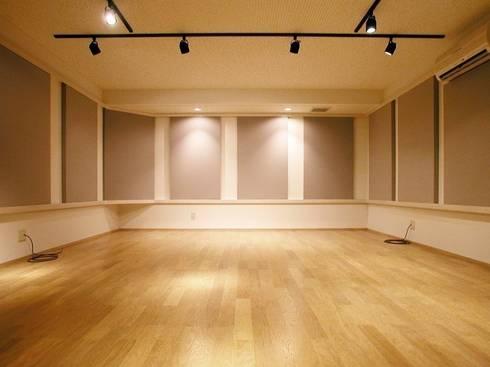 音楽スタジオ: 株式会社エキップが手掛けた和室です。