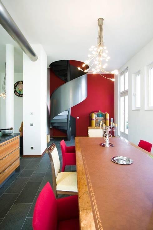 KOE:  Esszimmer von cpm gesellschaft von architekten mbh