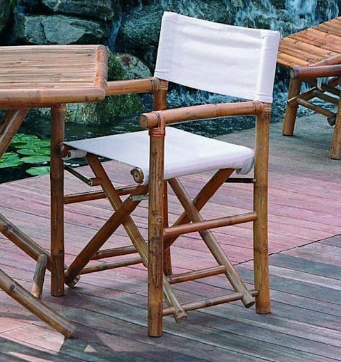 Sedia REGISTA in bambù da giardino: Giardino in stile  di Arredo-Giardino.com