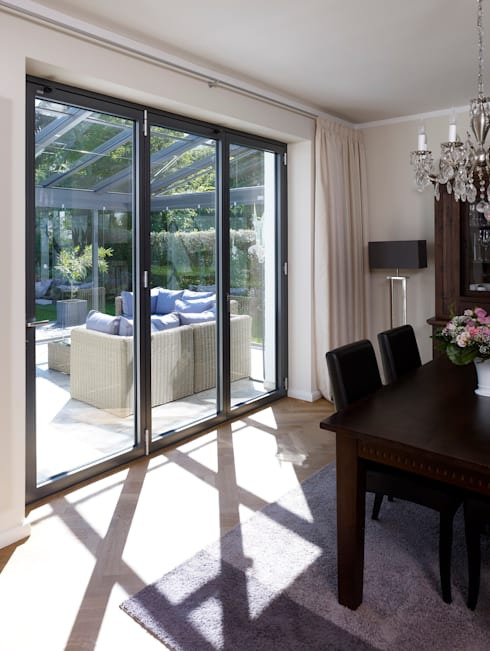 Puertas y ventanas de estilo  por Solarlux GmbH