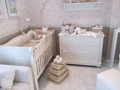 Habitación Antique: Habitaciones infantiles de estilo  por Baby Luna