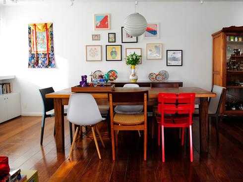 Encantado Flat: Salas de jantar modernas por Red Studio