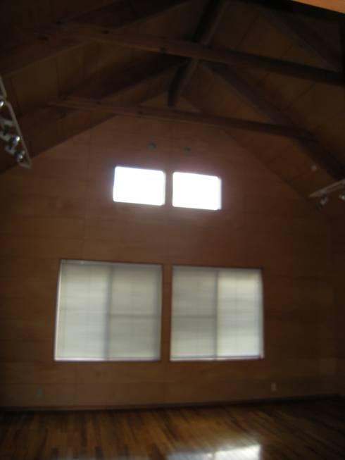 建築家の元自邸をリノベーションでさらに快適な空間に!: 株式会社リボーンキューブが手掛けたです。