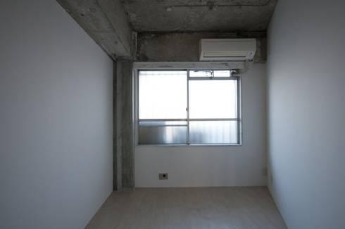 Tk さんのためのアパート: kurosawa kawara-tenが手掛けた子供部屋です。