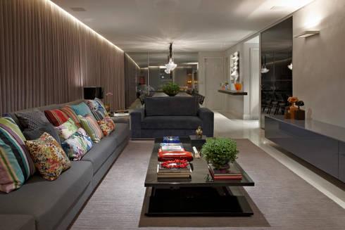 Salas Estar e Jantar Integradas: Salas de estar modernas por Andréa Buratto Arquitetura & Decoração