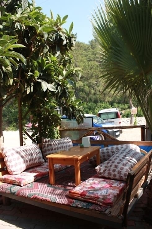 Bars & clubs by OLYMPOS ORANGE BUNGALOWS
