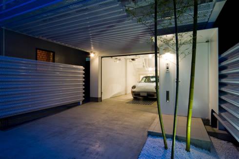 Home to live with Porsche : Kenji Yanagawa Architect and Associatesが手掛けた家です。