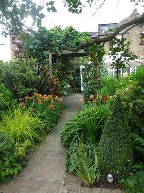 Garden Arts의  정원