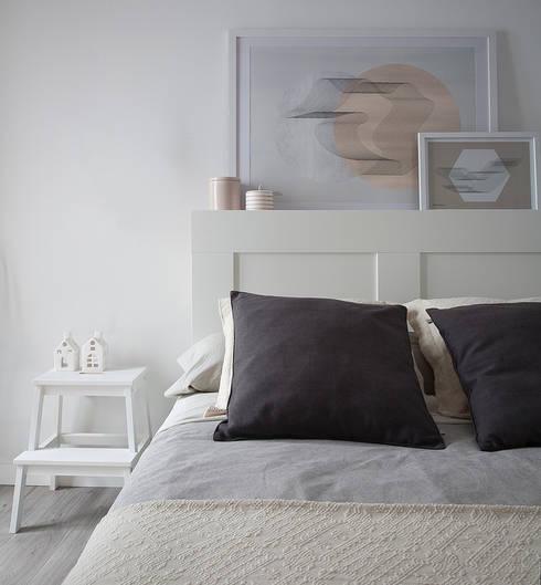 VIVIENDA EN EL CARMEN: Dormitorios de estilo escandinavo de GLOBO ESTUDIO