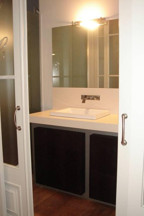 Dormitorio DESPUES:  de estilo  de Imma Carner Arquitectura Interior