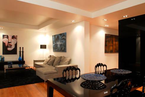Reabilitação Apartamento Chiado: Salas de estar modernas por Architecture Tote Ser