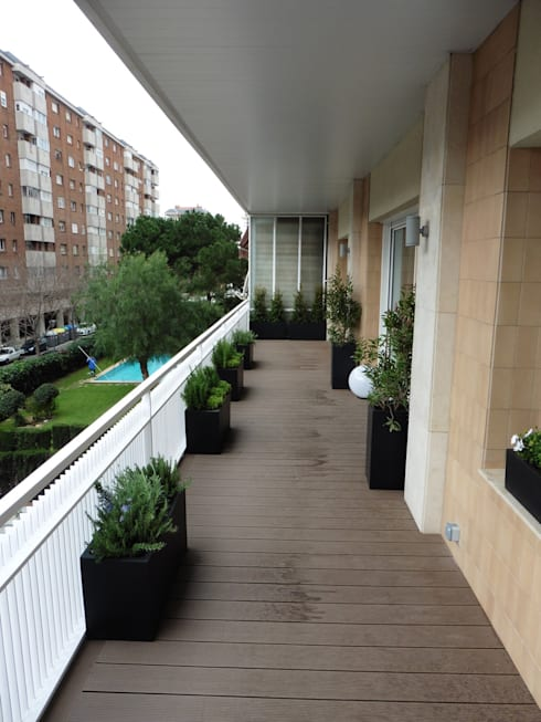 terraza: Terrazas de estilo  de LF24 Arquitectura Interiorismo