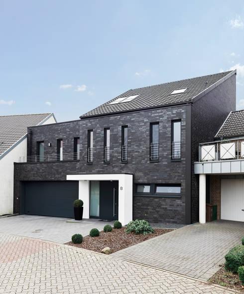 Geschickt Eingefädelt:  Häuser von Architektur I Stadtplanung Verhoeven