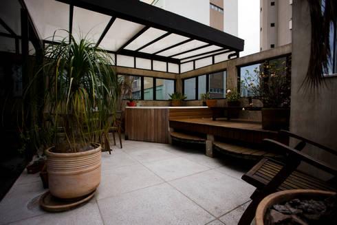 Apartamento Abilio Soares: Spas modernos por Maristela Faccioli Arquitetura