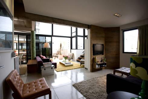 Apartamento Abilio Soares: Salas de estar modernas por Maristela Faccioli Arquitetura