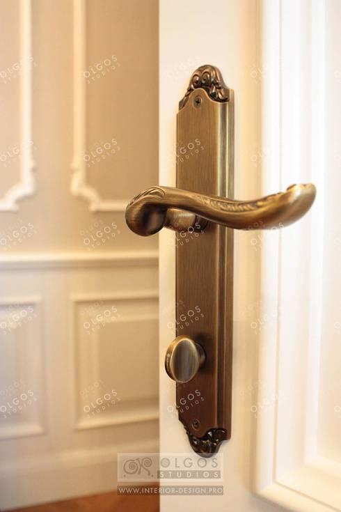 Оформление дверей и ручек под старину: Окна и двери в . Автор – Дизайн студия Ольги Кондратовой