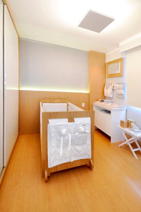 Chambre d'enfant de style  par Coutinho+Vilela