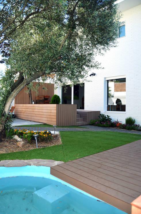 Expremiendo cada rincon: Jardines de estilo moderno de ACA.Alfonso Cort Arquitecto