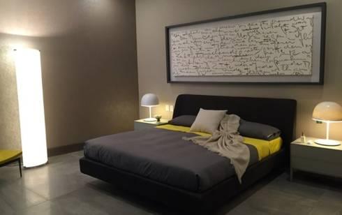 Interiorismo Depts. Edificio SAQQARA: Recámaras de estilo moderno por BAO