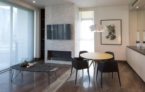 Interiorismo Depts. Edificio SAQQARA: Paredes y pisos de estilo moderno por BAO