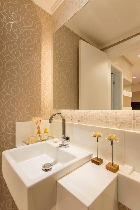Lavabo: Banheiros clássicos por Dauster Arquitetura