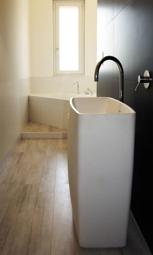 modern Bathroom by Studio Proarch