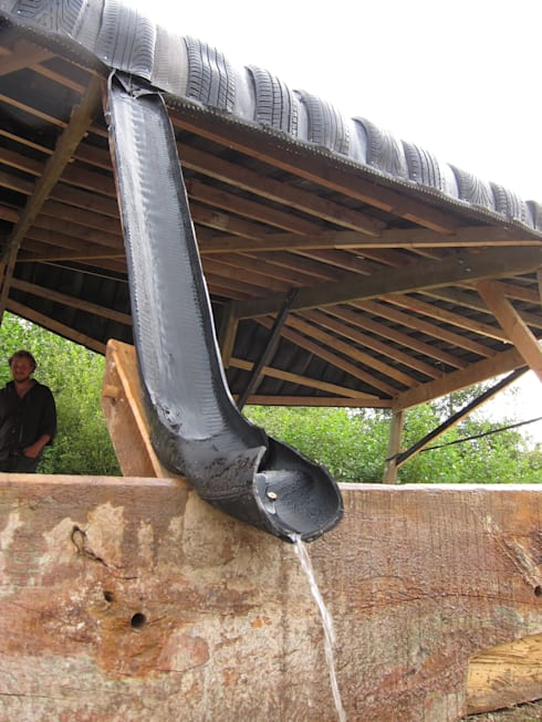 FRINGERATOR: tropische Garage/schuur door refunc.nl