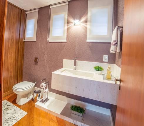 Lavabo: Banheiros modernos por Liana Salvadori Arquitetura e Interiores
