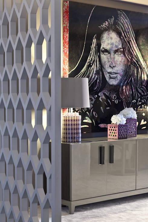 EXPOSIÇÃO CASAVIANA 2012: Salas de estar modernas por ROSA PURA HOME STORE