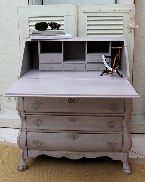Eleganter Sekretär Niederländischer Barockstil:  Arbeitszimmer von Me & Harmony