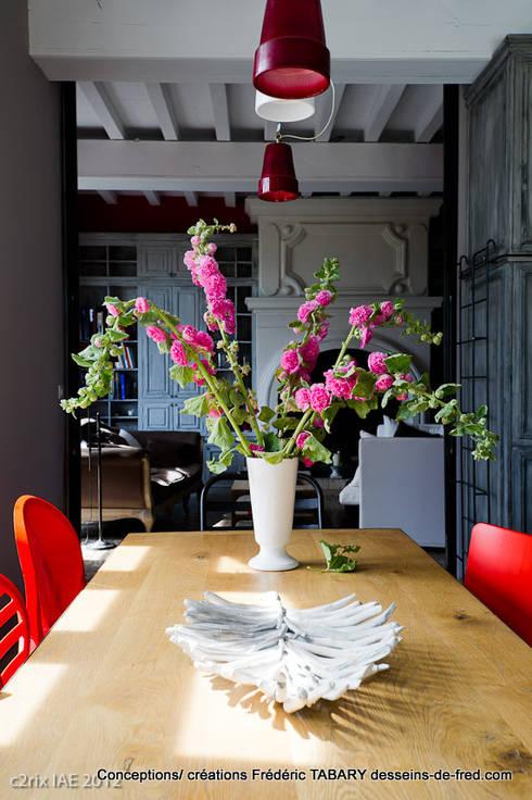 cuisine: Salle à manger de style de style eclectique par Tabary Le Lay
