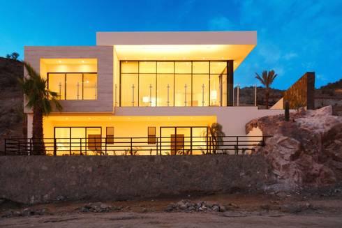 CASA MAR: Comedores de estilo moderno por Imativa Arquitectos
