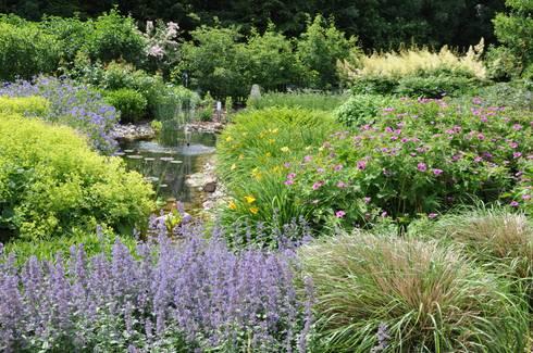 Stauden statt rasen by ambiente gartengestaltung homify for Gartengestaltung country