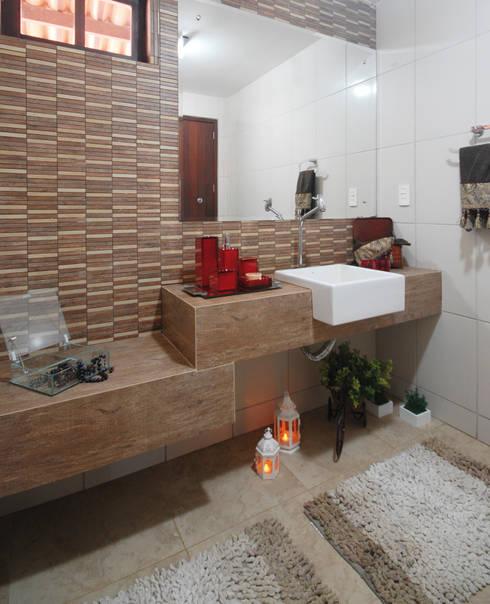 Casa de Fazenda : Banheiros rústicos por Celia Beatriz Arquitetura