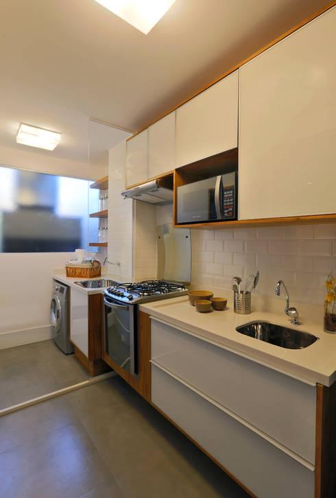 Brooklin | Decorados: Cozinhas modernas por SESSO & DALANEZI