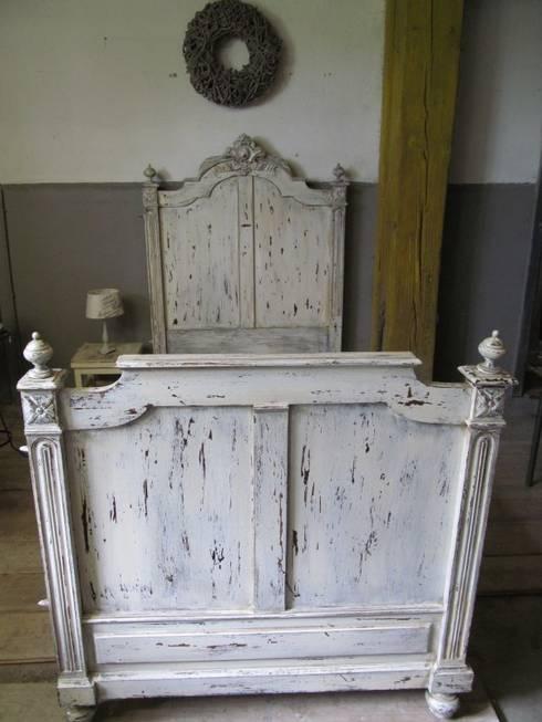Oude brocante bedden: rustieke & brocante Slaapkamer door Were Home