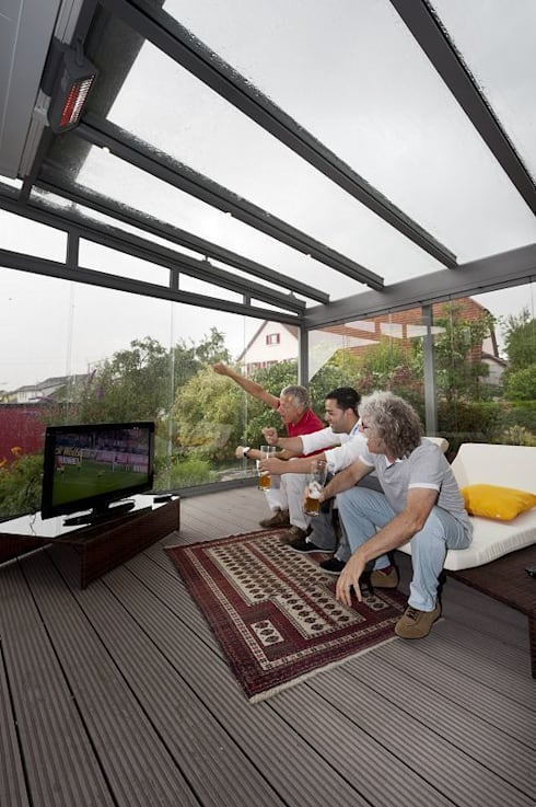 30 varandas e pergolados com tetos transparentes para se inspirar e fazer em casa. Black Bedroom Furniture Sets. Home Design Ideas