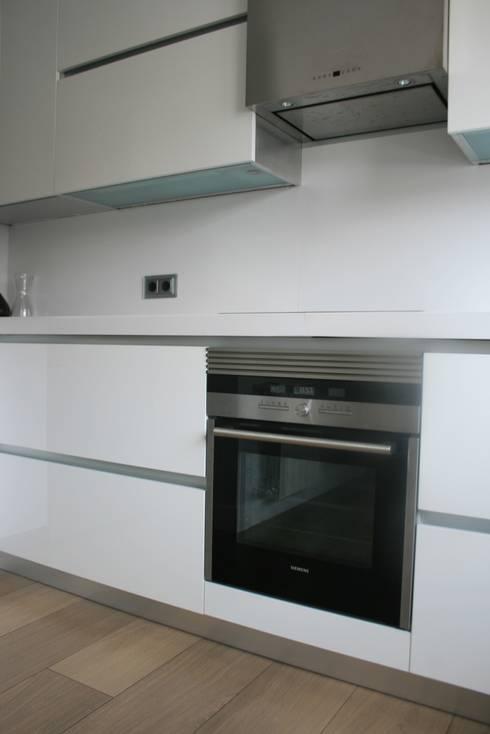 Cocina : Cocinas de estilo moderno de key home designers