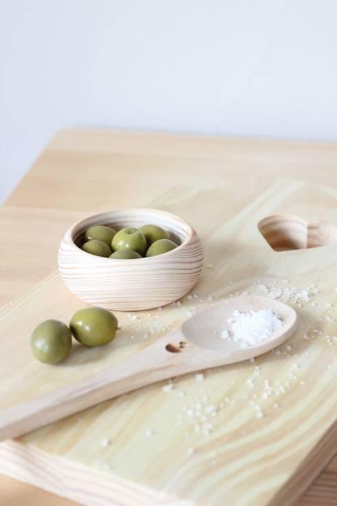Tigela n.1: Cozinha  por Maria Tigela
