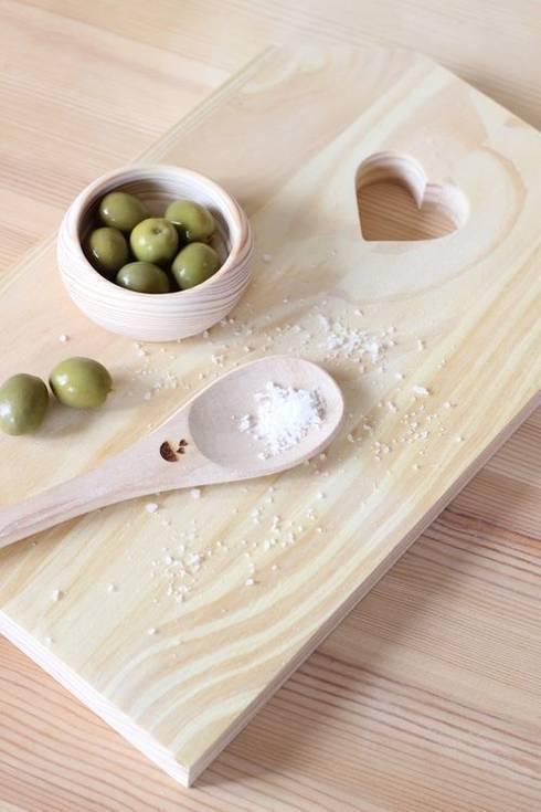 Colher de pau: Cozinha  por Maria Tigela