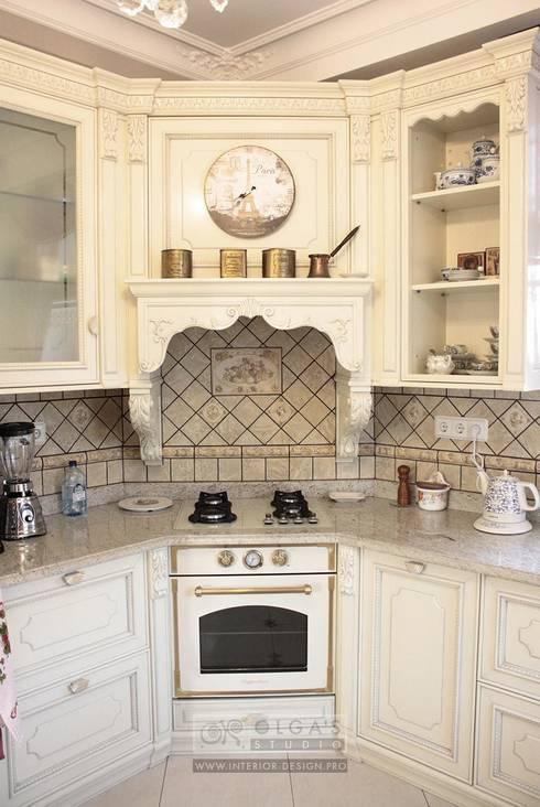 Kitchen by Olga's Studio
