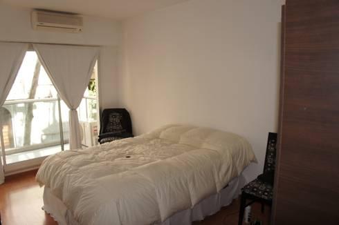 Dormitorio Moderno:  de estilo  por Nicolas Pierry: Diseño y Decoración de Interiores