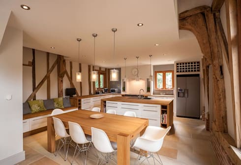 Kitchen: country Kitchen by Beech Architects