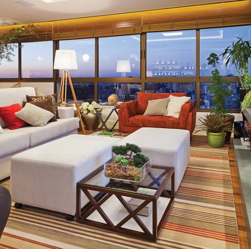 Apartamento Mont Serrat 2 - Porto Alegre - RS: Salas de estar modernas por Mundstock Arquitetura