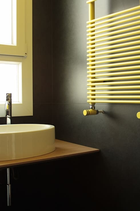 minimalistische Badkamer door UAIG |        Ufficio Architettura Interni Grammauta