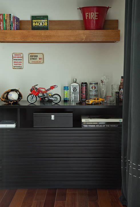 Marcenaria sob medida: Quarto  por Vilma Massud Design de Interiores