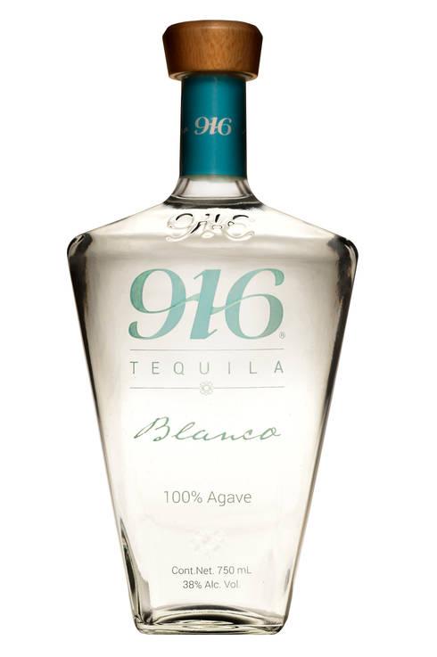 Botella Tequila 916 blanco: Arte de estilo  por Disémica