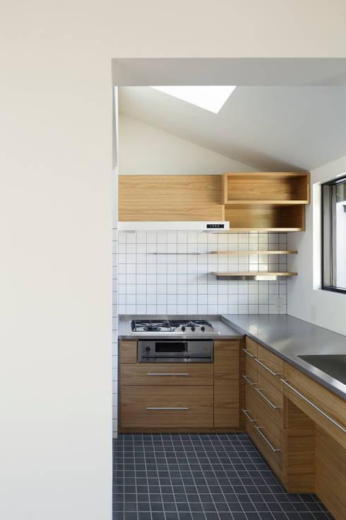 modern Kitchen by 山田伸彦建築設計事務所