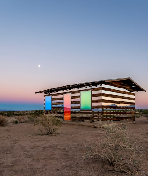 Casas de estilo ecléctico por royale projects : contemporary art