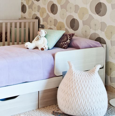 Дом в Сагаро, Испания. Детская комната. IND Archdesign.: Детские комнаты в . Автор – IND Archdesign